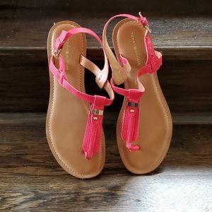 Tommy Hilfiger Sandals size 9